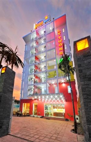 Khách sạn Ideal