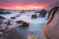Bãi đá bảy màu ở biển Cổ Thạch, Bình Thuận