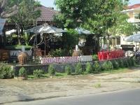 Nhà hàng - cafe Việt Hương
